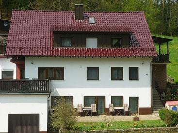 Privatzimmer Haus Waldesruh in Oberailsfeld im Ahorntal in der Fränkischen Schweiz.
