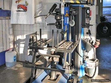 Kontaktlose Runflat zertifizierte Montiermaschinen auf dem neusten Stand