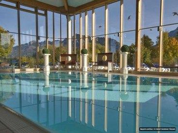 Panoramahallenbad im Wellness Hotel Sommer
