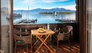 Gästehaus Grünäugl am See - Blick auf den Chiemsee