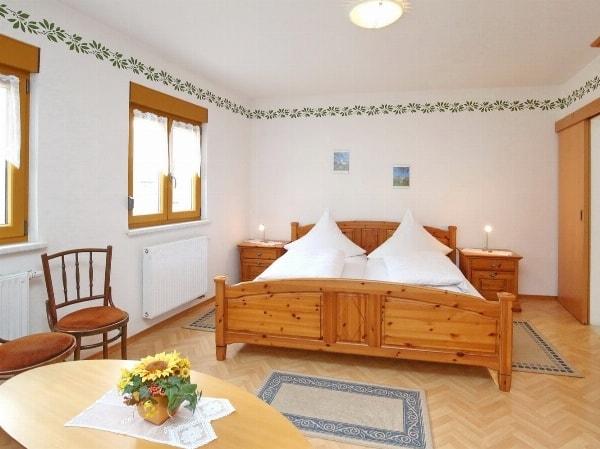 Gasthaus Sonne - Preiswerte Übernachtung in Waischenfeld in der schönen Fränkischen Schweiz