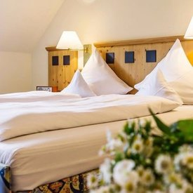Flair-Hotel Zum Benediktiner - Doppelzimmer im Dachgeschoss