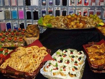 Wir bieten für Sie auch Catering für Ihre Familienfeier oder Firmenfeier an.