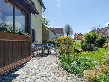 Gartenbereich im Fritzerhof in Kleingesee bei Gößweinstein in der Fränkischen Schweiz