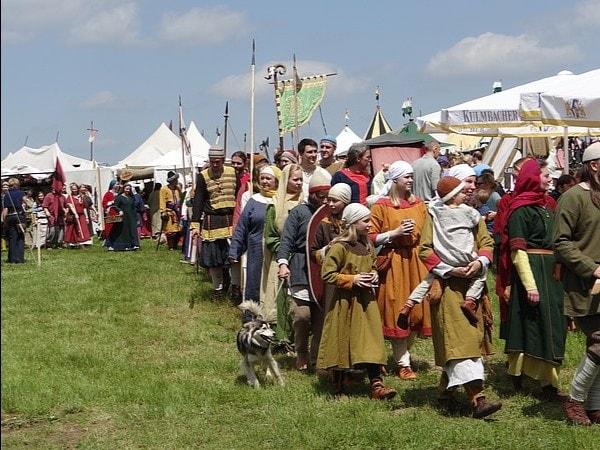 Es ist wieder Mittelaltermarkt auf Burg Rabenstein!