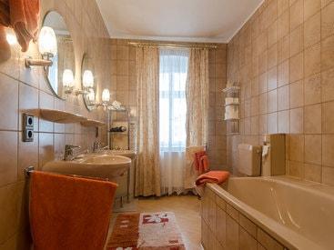 Bad im Appartement Gästehaus des Hotels Krone in Gößweinstein