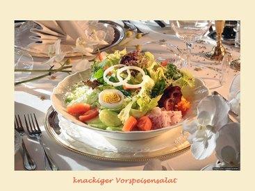 Starten Sie Ihr Menue mit einem Salat...