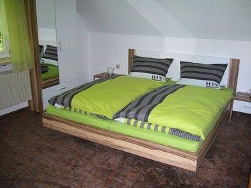 Schlafzimmer der Ferienwohnung Waldmühle