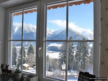 herrlicher Blick auf Oberstdorf im Winter