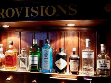 Genießen Sie die leckeren Drinks in unserem Irish Pub