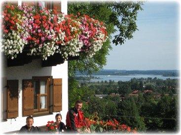 Demelhof in Bernau mit Chiemseeblick
