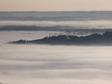 Berggasthof Adersberg mit Traumblick über den Chiemsee