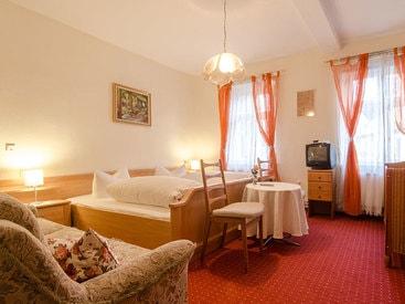 Doppelzimmer im Gästehaus des Hotels Krone in Gößweinstein